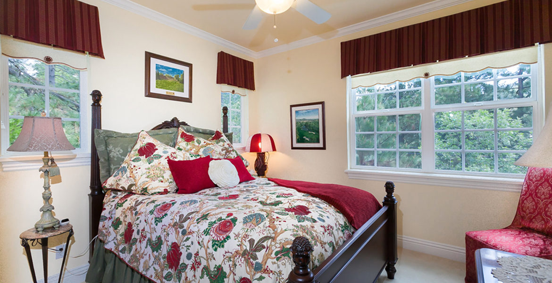 142-brentwood-bedroom2