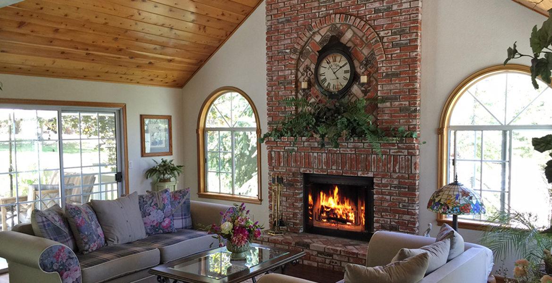 120-cypress-livingroom
