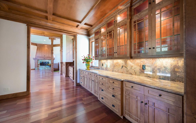250-brentwood-diningroom