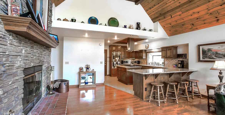 27418-north-bay-familyroom