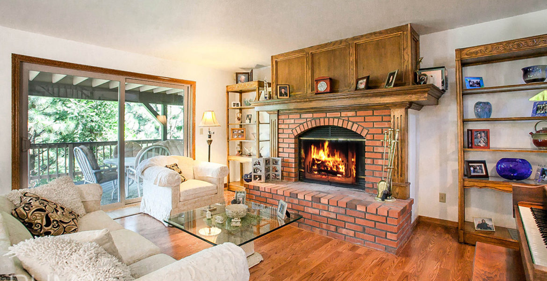 27418-north-bay-livingroom2