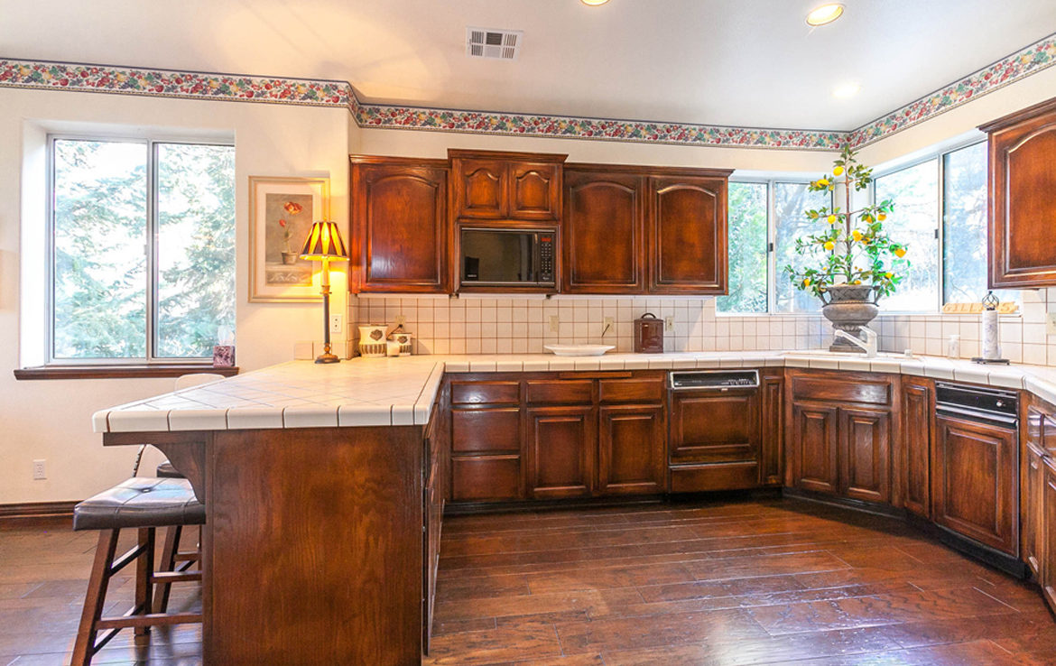 27603-meadow-bay-kitchen