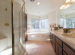 27603-meadow-bay-masterbath