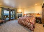 27693-caribou-bedroom2