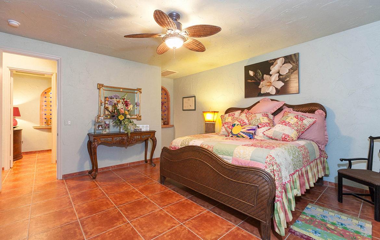 50455-viapuente-guestbedroom