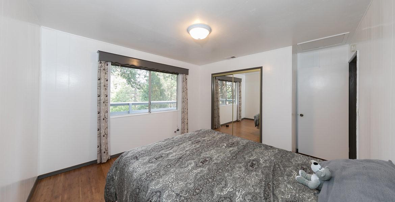24367-horst-bedroom1