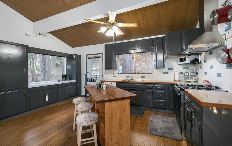 24367-horst-kitchen