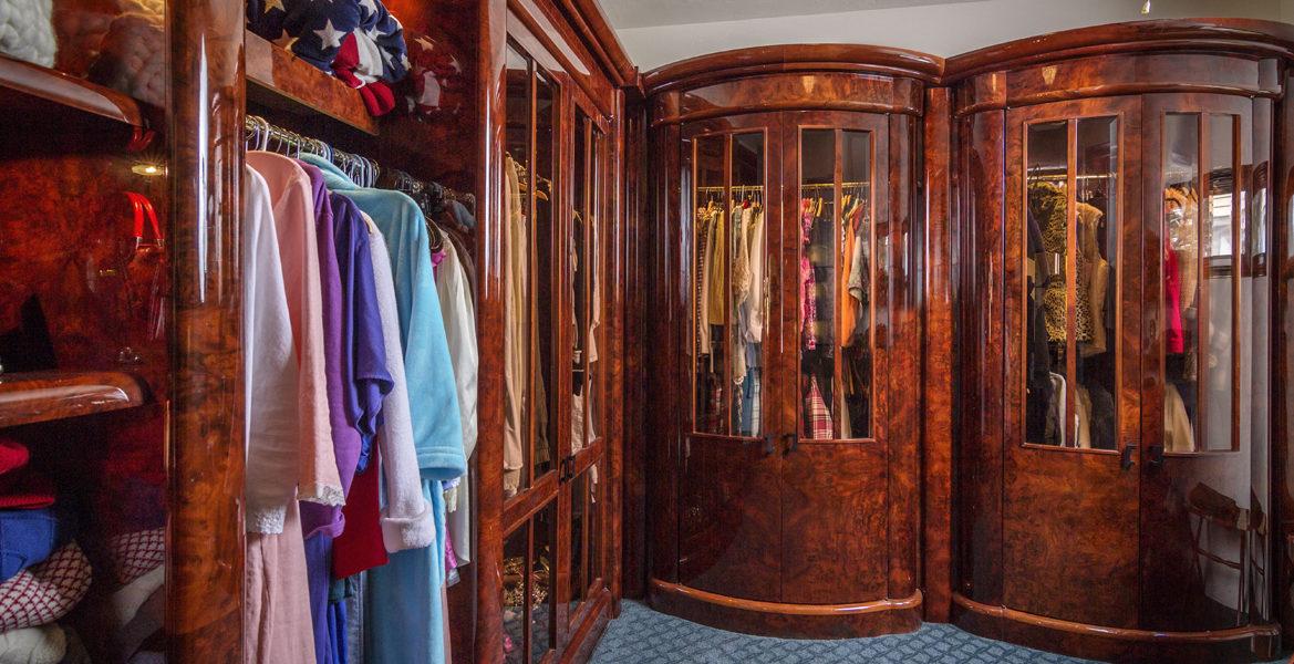 27409-n-bay-master-closet