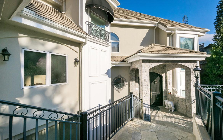 27409-north-bay-frontdoor