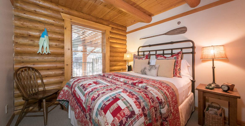 262-fairway-bedroom2