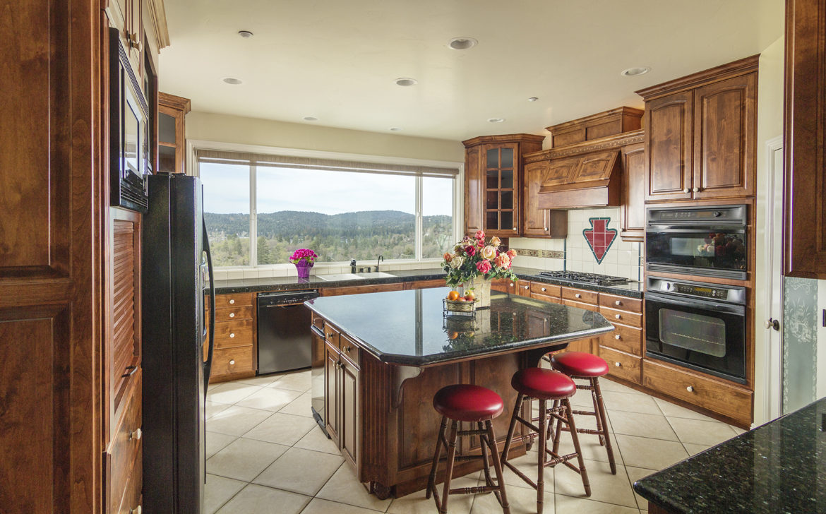 28708-zion-kitchen