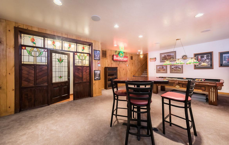 392-hartman-circle-gameroom