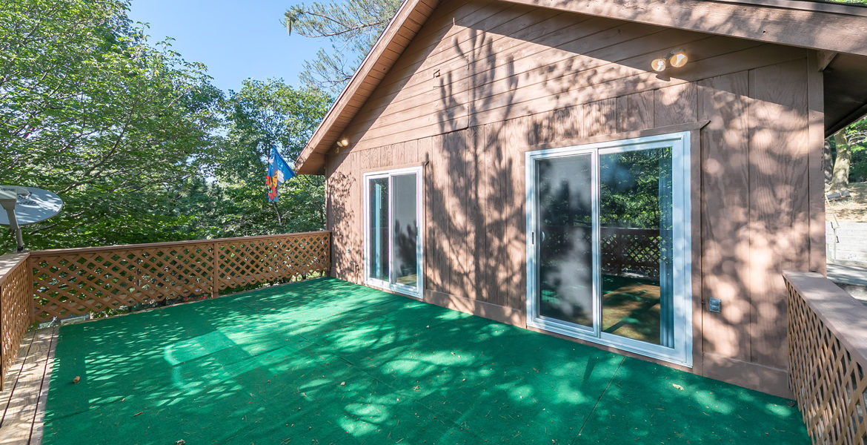 22945-redwood-way-deck