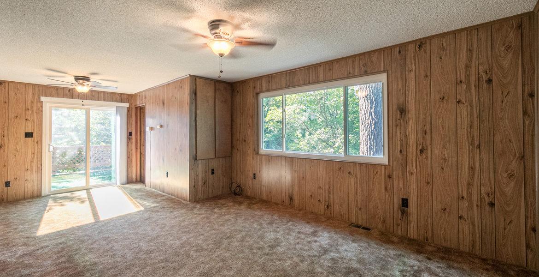 22945-redwood-way-livingrm