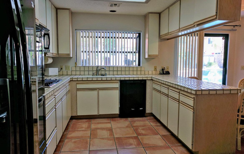 78865-auroraway-kitchen