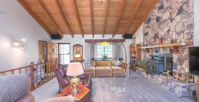 963-jungfrau-livingroom