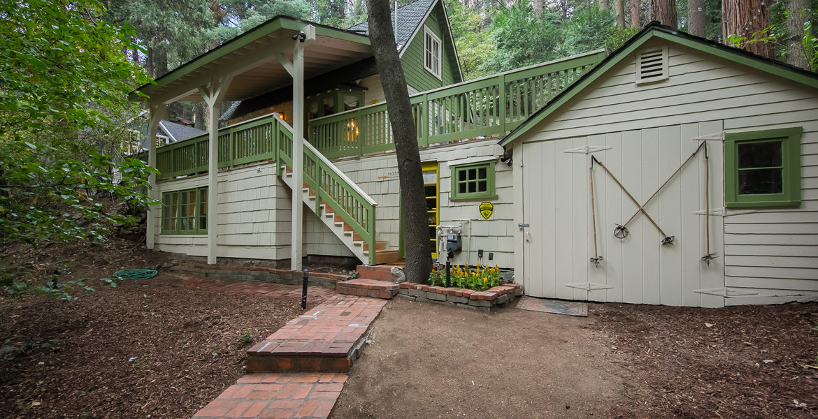 655-cottage-grove-extfront