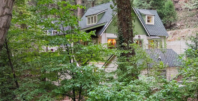 655-cottage-grove-exteriorside