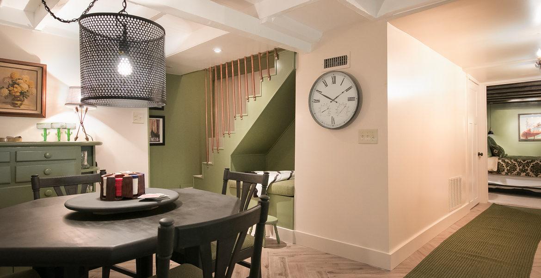 655-cottage-grove-familyroom
