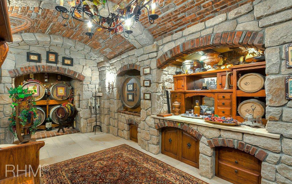 29162-bald-eagle-ridge-wineroom