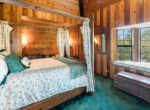 954-tirol-way-bedroom3