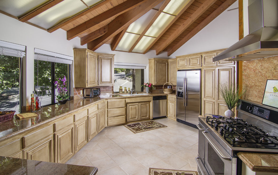 27768-high-knoll-jw-kitchen