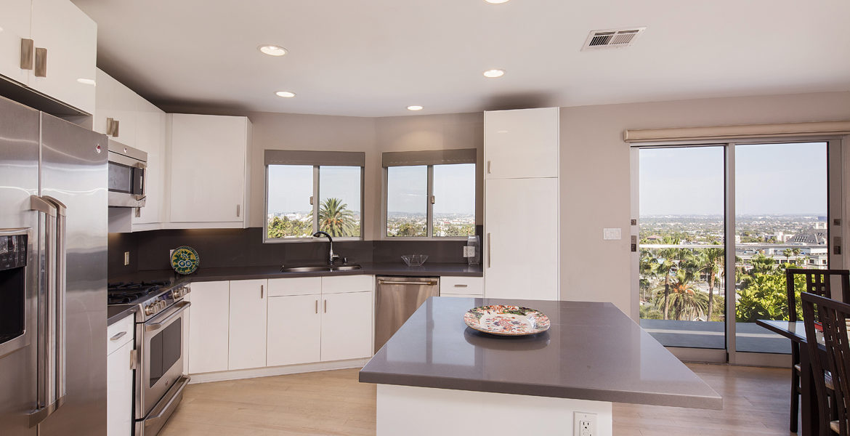 8218-hollywood-kitchen