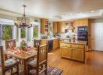 263-squirrel-dining-kitchen