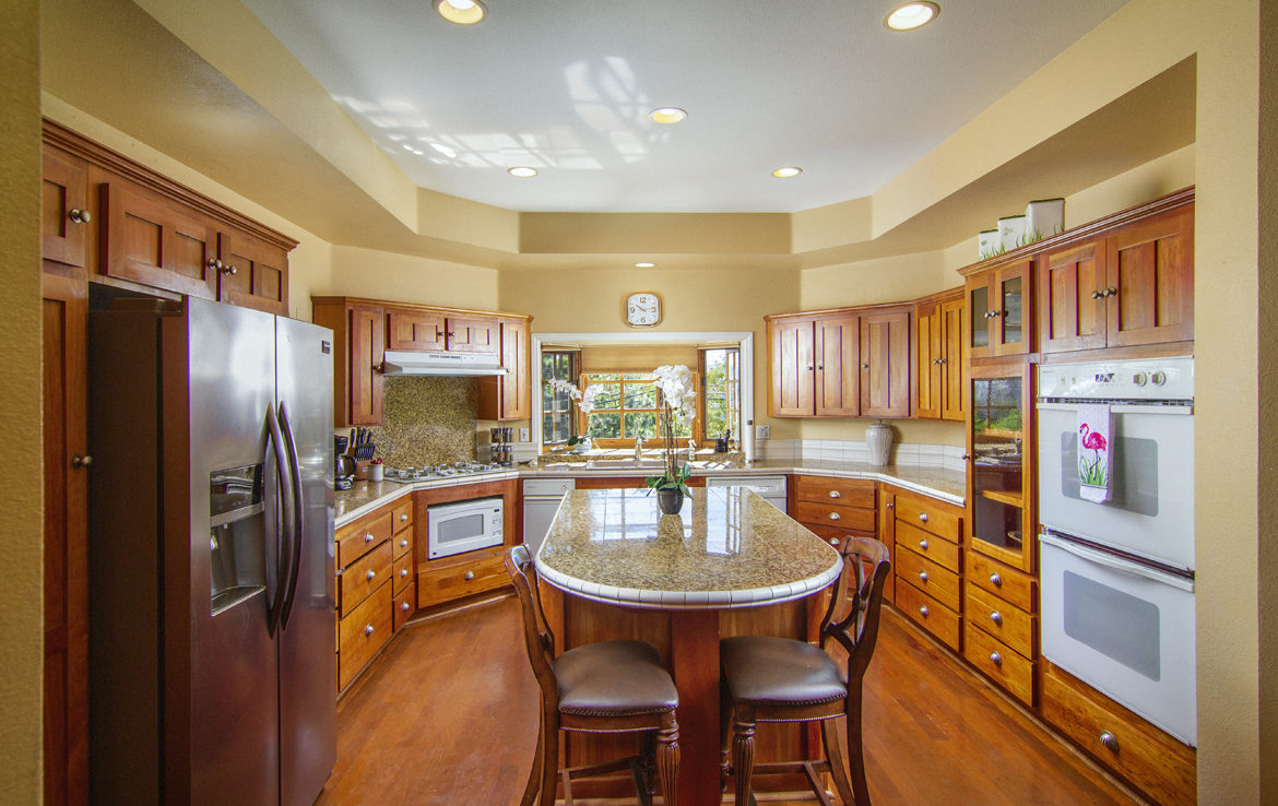 27932-n-bay-kitchen-1