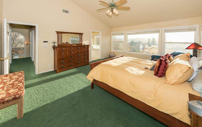 1384-yellowstone-bedroom