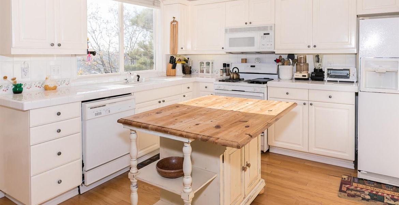 1384-yellowstone-kitchen
