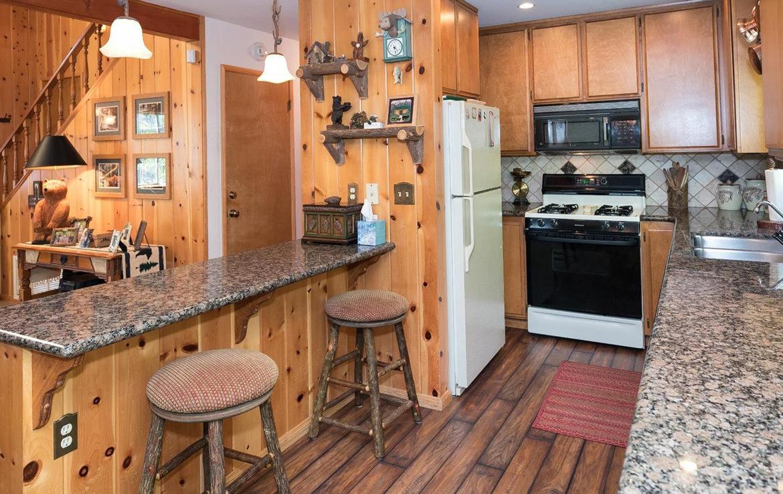 701-cottage-grove-kitchen