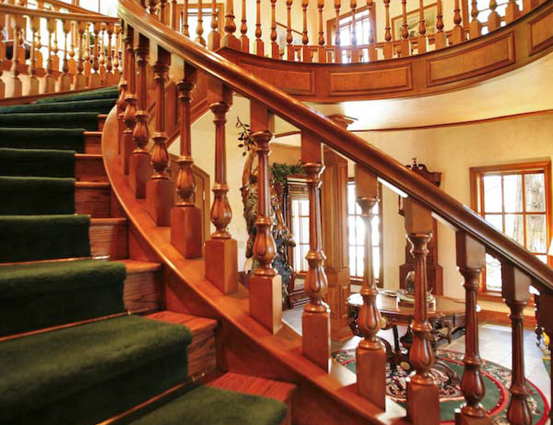 27417-n-bay-staircase