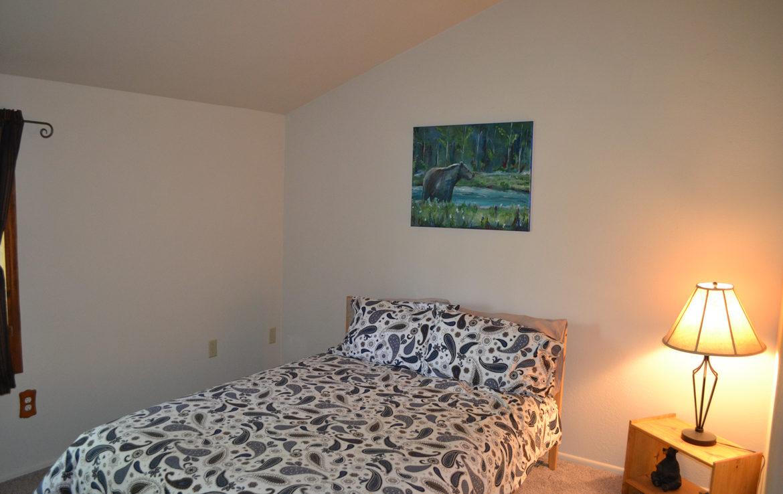 1213-klondike-bedroom1
