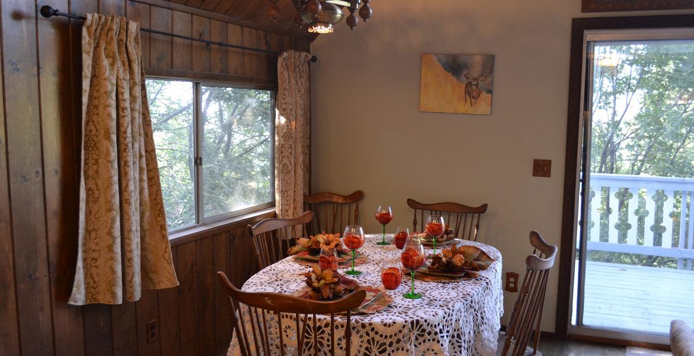1213-klondike-dining