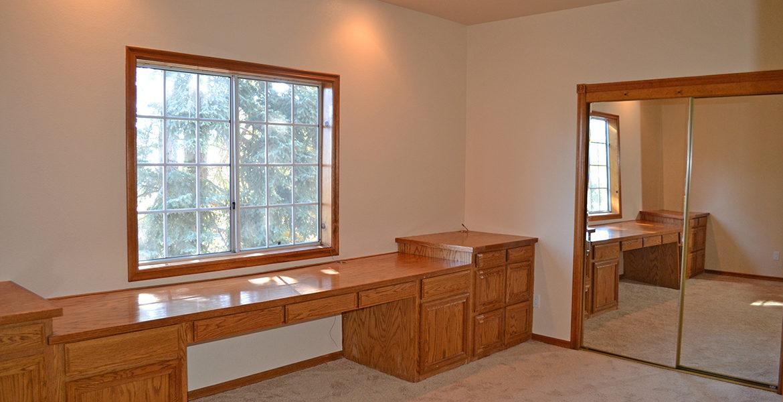 179-grandview-bedroom
