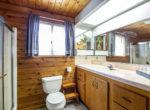 29400-lake-view-bath