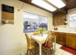 29400-lake-view-kitchentable
