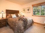 743-arth-dr-bedroom