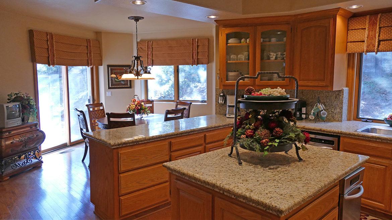 160-shorewood-kitchen