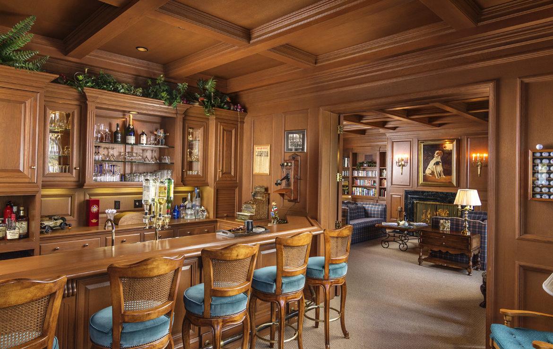 177-shorewood-jw-bar