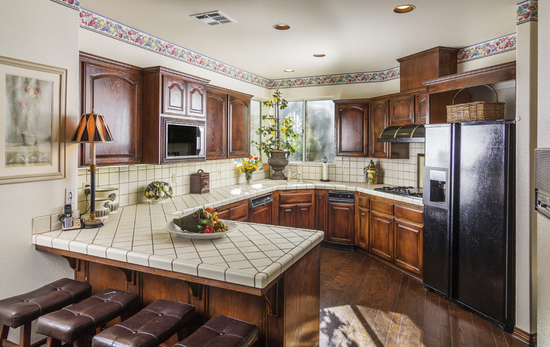 27603-meadowbay-kitchen-2