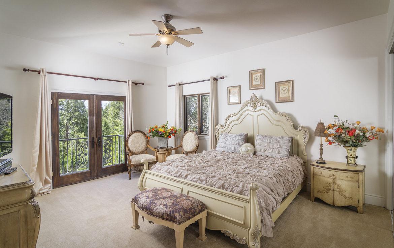 400-cedarridge-bed-1