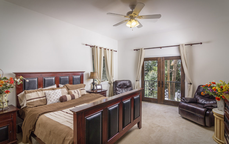 400-cedarridge-bed-2