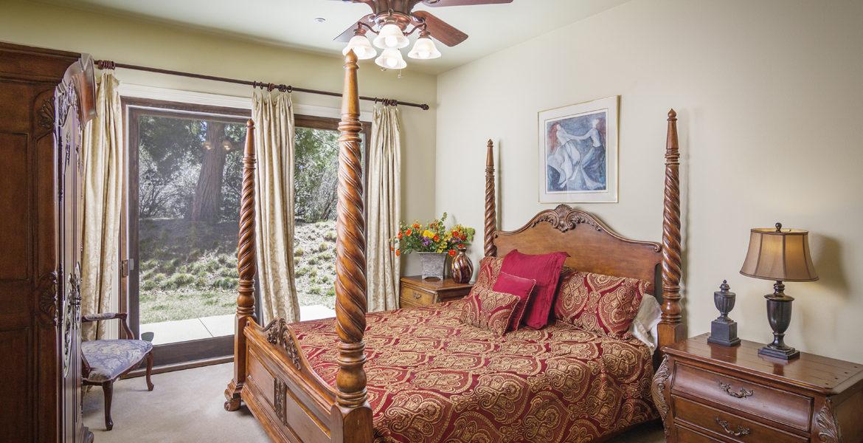 400-cedarridge-bed-3