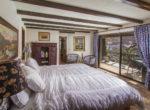 28025-peninsula-bed-2