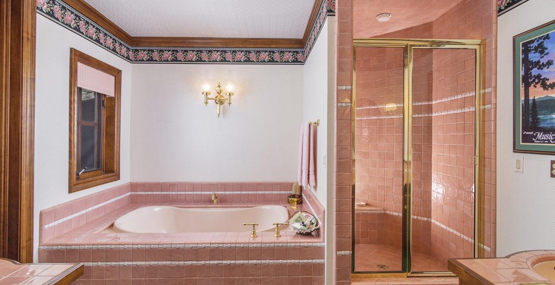 27417-north-bay-guest-bath-3