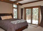 29025-red-grouse-bedroom