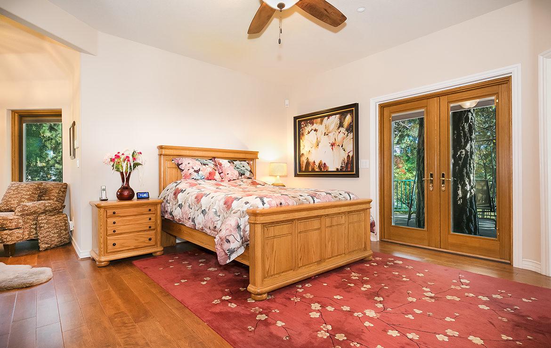 27854-north-bay-masterbedroom