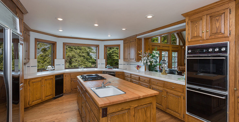 29082-bald-eagle-ridge-kitchen